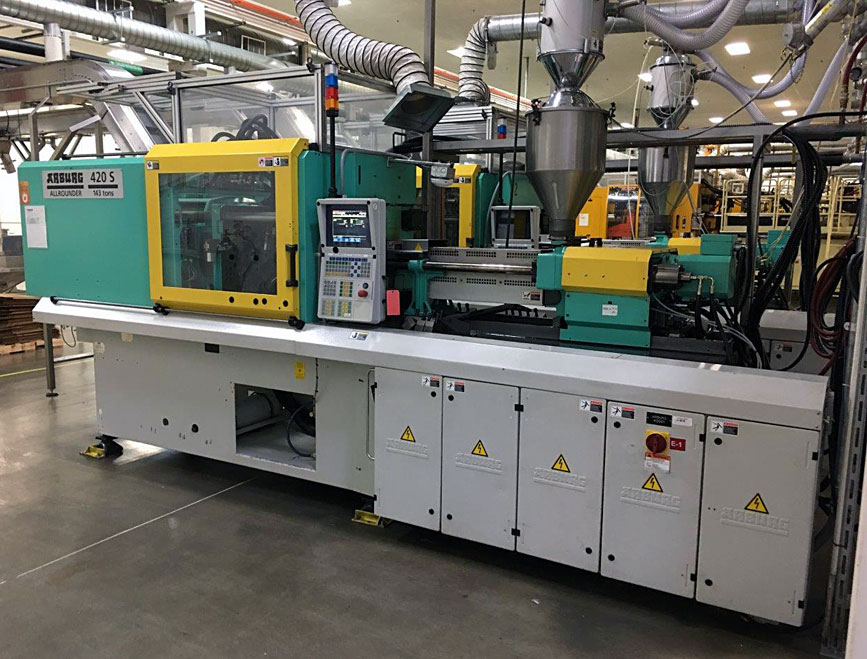2001 143 ton Arburg Injection Molding Machines For Sale - Model 420S