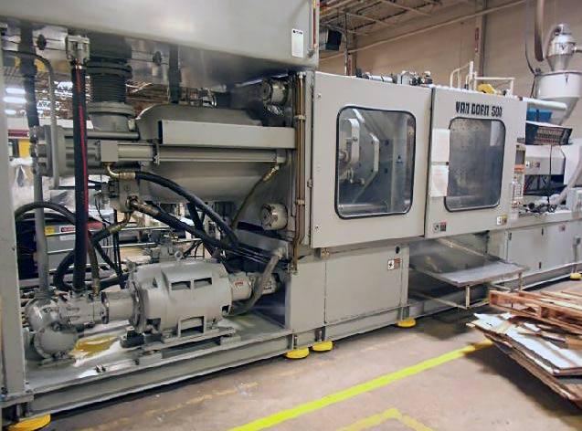 3000 ton injection molding machine