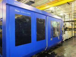1220 ton Used Demag plastic molding machines