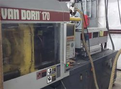 Van Dorn used plastic molder from year 2000