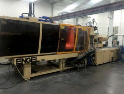 500 ton Engel plastic molder