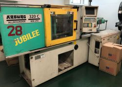 66 ton Arburg used injection molder for sale from 1998