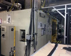 950 ton Toshiba molding machine for sale that was manufactured in 1998
