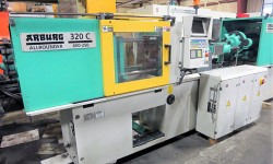 1999 66 ton Arburg used plastic molding machine for sale