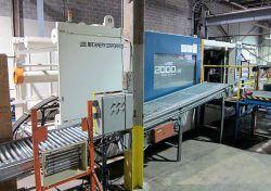 2009 1000 ton Used Ube plastic molding machine for sale