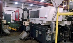 View a larger image of this 550 ton Milacron Electric plastic molder