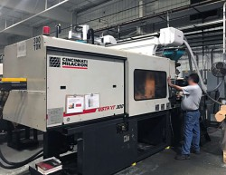 Used 300 ton Cincinnati Milacron plastic injection molder for sale from 1999