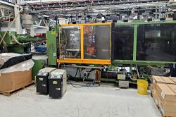 Used 400 ton Engel molder for sale from 1997