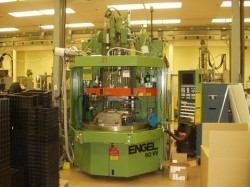 used engel vertical rotary plastic molding machine