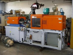 used jsw plastic injection machine